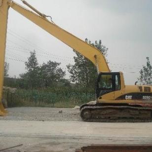 20米挖掘机两段式加长臂图片