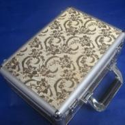 金色花纹皮料工具箱/化妆箱图片