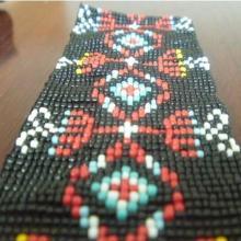 供应用于腰带编织珠服饰订珠T恤订珠中山手工编织珠手工订珠腰带订珠批发