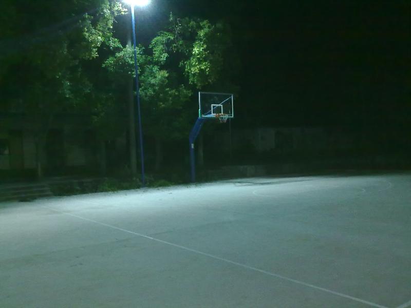 篮球场唯美图片背景_篮球场