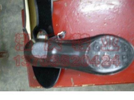 老北京黑布鞋图片