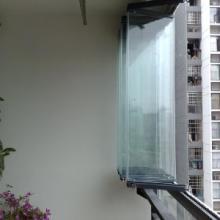 供应无框阳台厂家,折叠窗,广州隐形玻璃窗批发