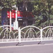 高速公路护栏防护网图片