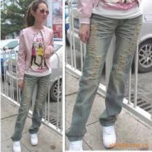 供应超个性破烂型牛仔裤/杂志牛仔长裤