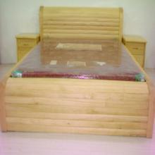 供应实木床 1.8m高档新西兰松木床 招代理 高档实木床高档实木