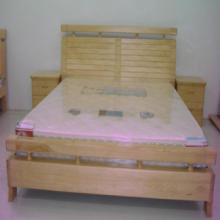 供应纯实木床 1.8m新西兰松木床 高档实木床全实木床松木床