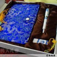 中国创意青花瓷笔套装青花U盘套装图片