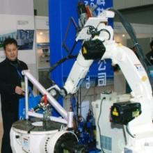 二手工业机器人上海洋山港进口商检报关流程手续上海旧机械进口清关批发