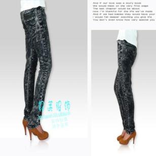 哪有最便宜牛仔裤批发时尚牛仔裤图片