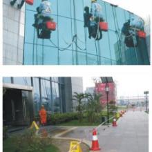 供应深圳外墙清洗公司,专业资质熟手工人的外墙清洗公司批发