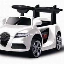 维克斯新款2-5岁儿童电动车儿童小汽车布加迪威航带遥控批发