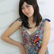 女士斜刘海短直发图片
