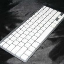 通用型键盘,P1000、IPAD、IPHONE苹果系列的蓝牙键盘批发