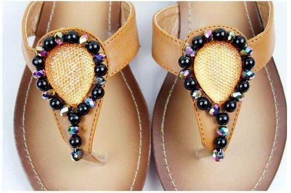 人字拖凉鞋图片_时尚贝莎鞋业产品图片