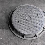 厂家张掖球墨井盖上下水管件井盖大图片