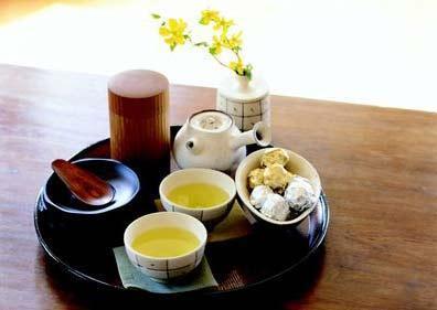 女性秋季养生茶:   花样年华茶