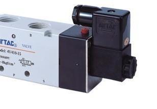 电磁阀4V320-084V33图片