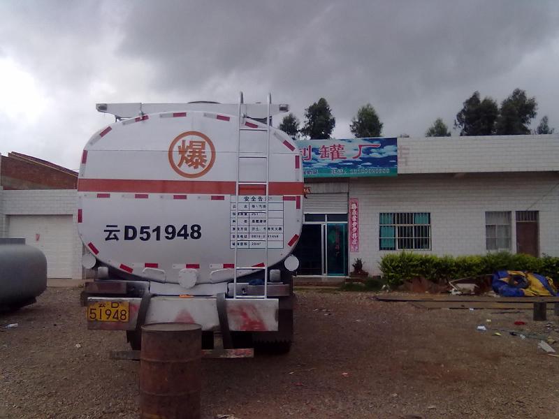 供应昭通油罐水泥罐化工设备加油站