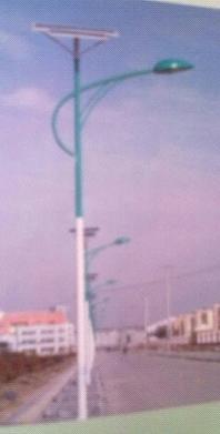 供应12V安全电压太阳能路灯河北