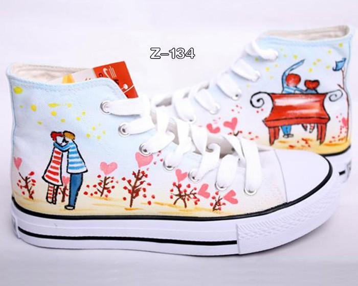 男女 帆布鞋/供应手绘鞋手绘帆布鞋帆布鞋男女鞋图片