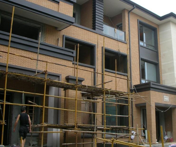 外墙砖图片 外墙砖样板图 外墙砖专业施工 青岛德世 高清图片