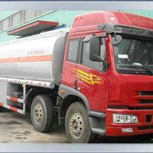供应装碱性物质的不锈钢罐车化工车批发