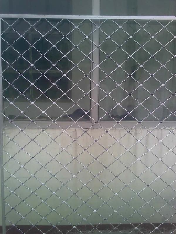 不锈钢护网镀锌护网护栏图片