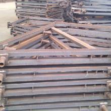 供应单面支模及其配件的生产