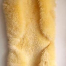 羊剪绒坐垫