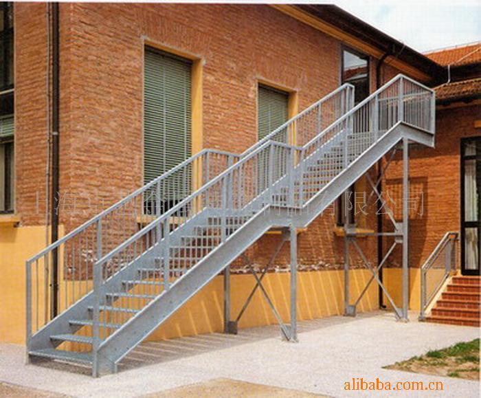 钢结构楼梯焊接制作楼梯报价
