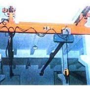 10吨电动单梁悬挂起重机图片