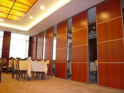供应云和包厢折叠门、移动隔断、活动屏风、成品移动隔断、折叠门