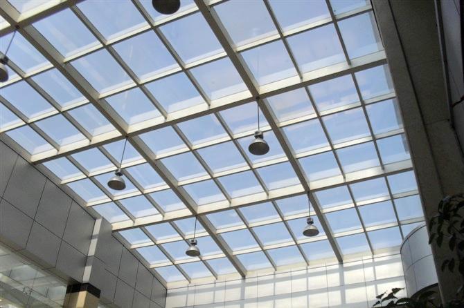 供应玻璃建筑隔热膜