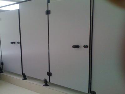 供应卫生间隔断,厕所隔断,成都板材,隔断配件,成都厕所隔断,南充隔断