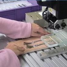 供应VNS弹性胶针机弹性胶钉机文具包装机小五金工具包装机批发