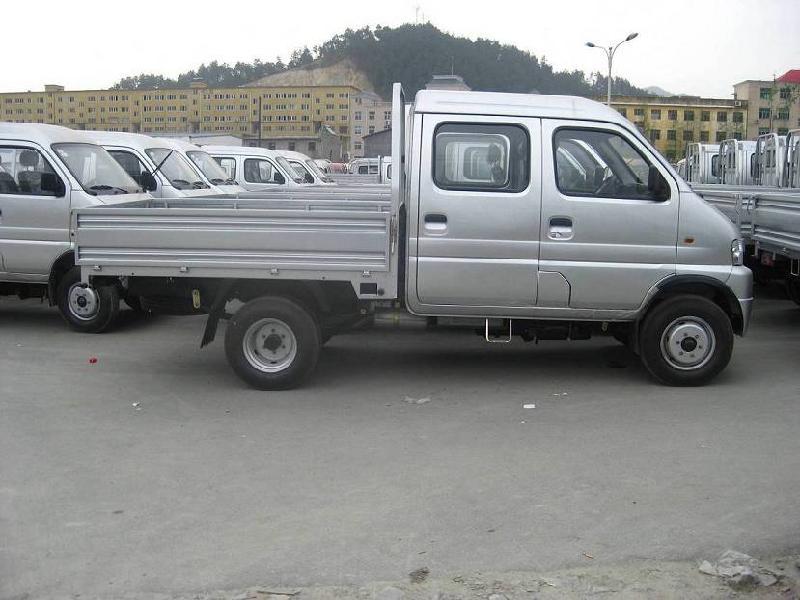货车图片|货车样板图|右置方向双排柴油微型货