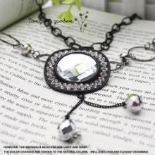 供应义乌中高档外贸饰品2402-1-54满钻帽子水晶多元素项链