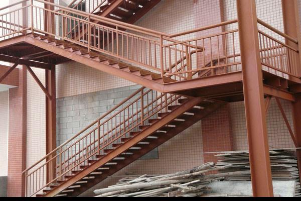 常州佳龙图纸供应生产消防铁艺钢架设6楼梯规格图片