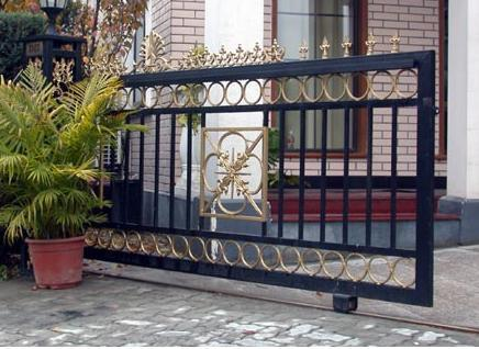 供应江阴铁艺门窗楼梯扶手栏杆围栏,宜兴铁艺门窗楼梯扶手栏杆围栏钢架。