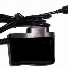 厂家低价批发手机充电器、适用摩托罗拉V3充电器带彩盒批发