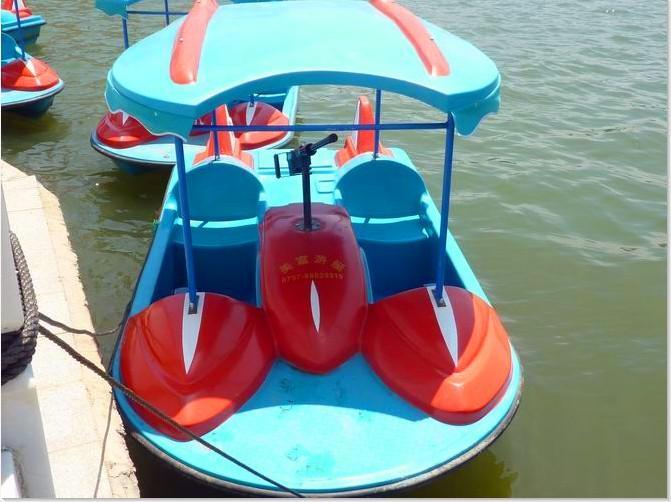 供应2人脚踏船水战船,2人脚踏船水战船,脚踏船价格、脚踏船生产厂家