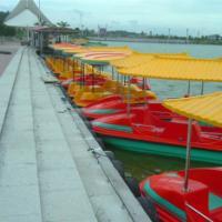 供应4人玻璃钢仿古脚踏船,脚踏船生产厂家、脚踏船价格、4人脚踏船