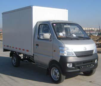 轻型厢式货车和小型货车有什么区别高清图片