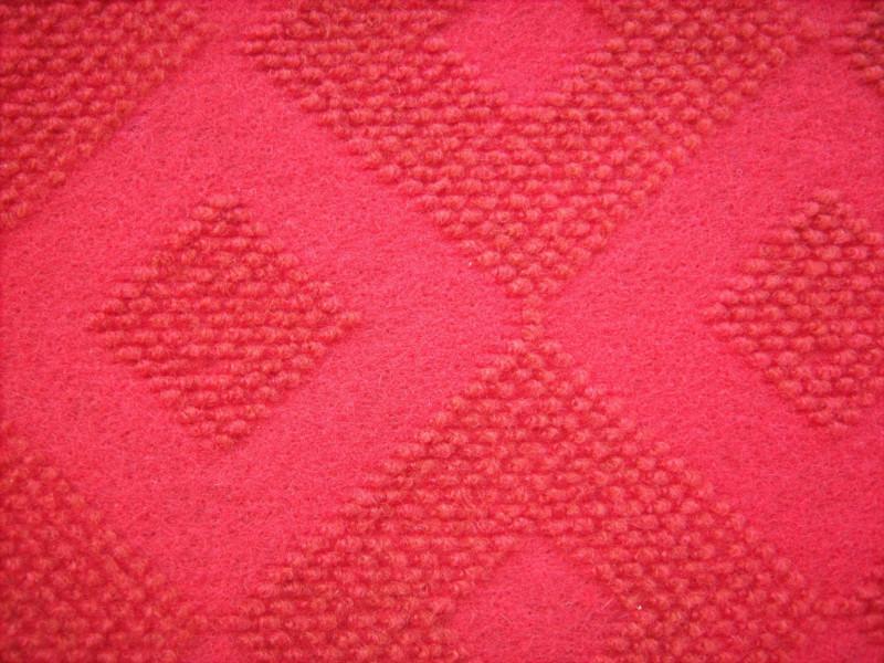 供应大红拉绒地毯