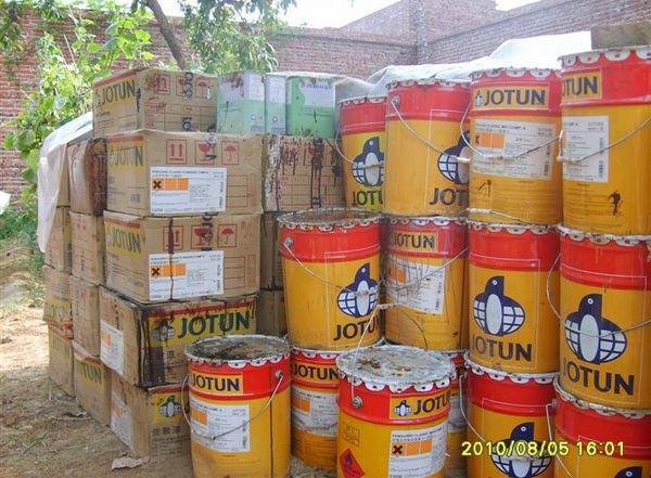 大量回收各种型号废旧沥青专业清理沥青罐