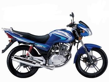 公路赛摩托车跑车生产铃木qs125骏威摩托车急于