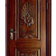 南京目赏原木雕花套装门图片