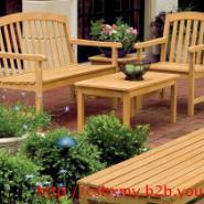 湖南长沙防腐木休闲椅图片