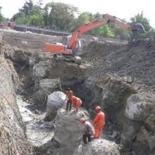 凿混凝土专业队伍