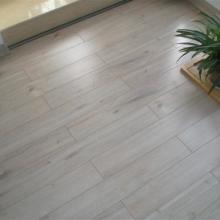 供应用于地板的龙岗佳得宝家居建材菲林格尔地板店